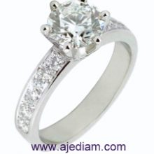 Engagement_ring_side_stones_R533_Ajediam