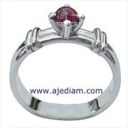 Ruby_solitaire_cabochon_white_gold_ring_side_view_Ajediam_10cm