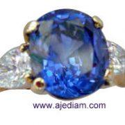diamond_Cashmere_blue_sapphire_ring_Rolande_Picture_285